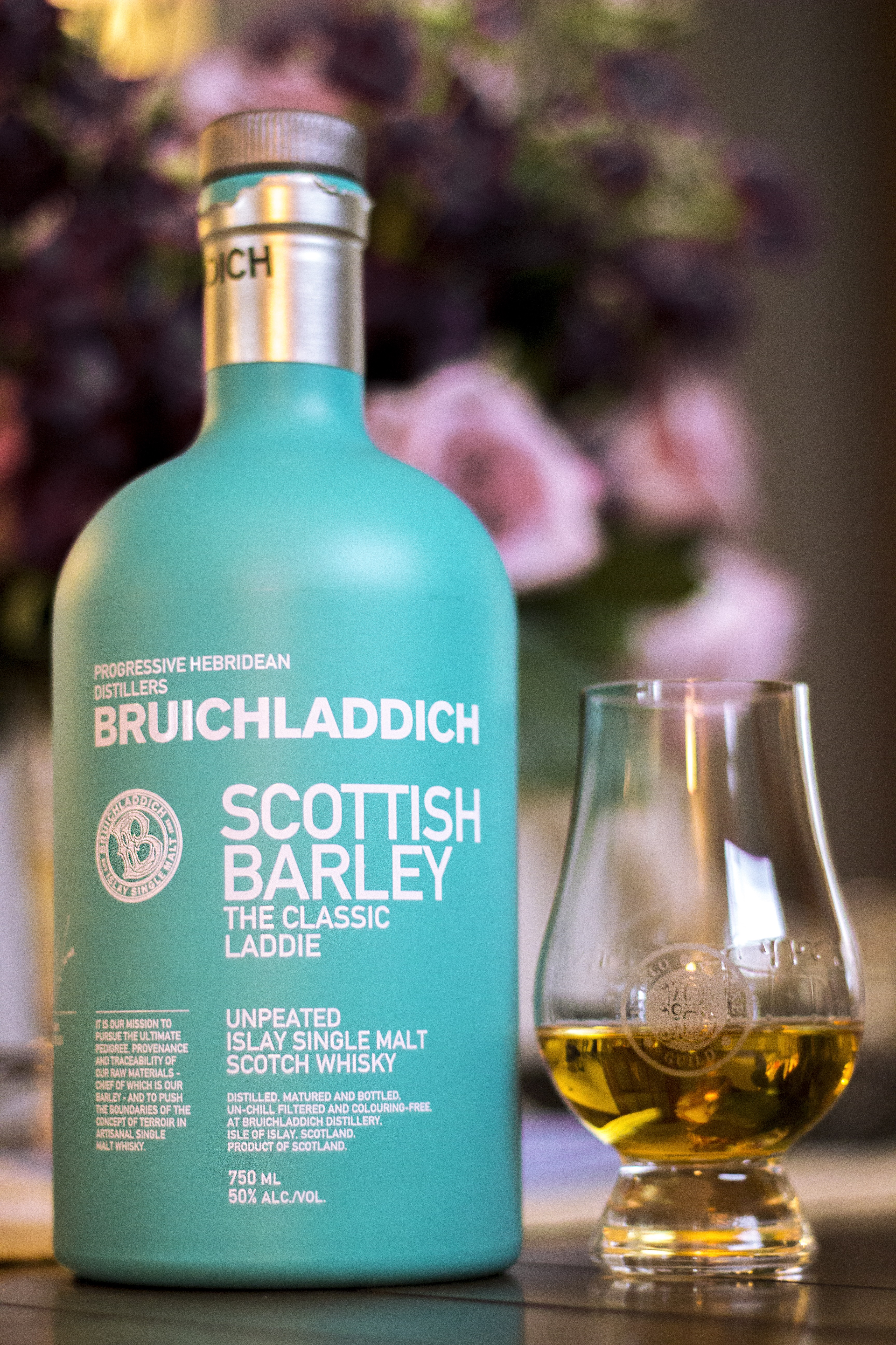 The islay whisky bottle of Bruichladdich Classic laddie